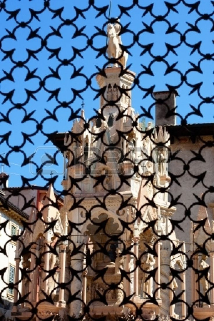 Quatrefoil Metal Wall Decor : Quatrefoil gate gothic and spanish wrought iron