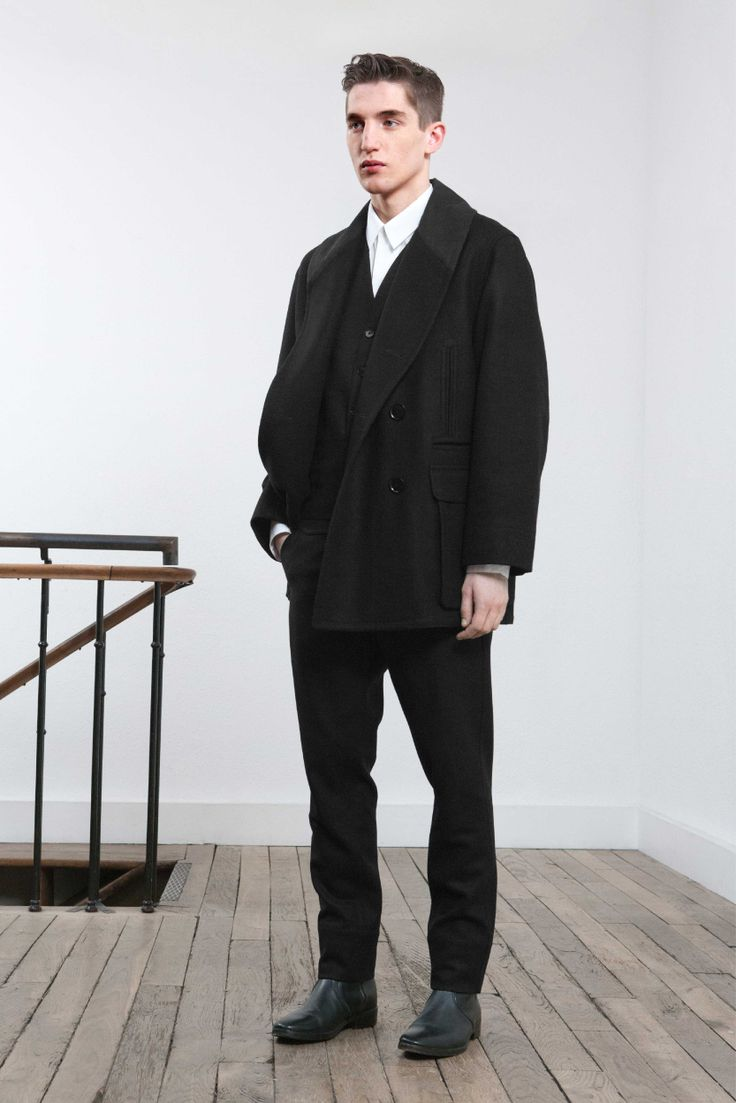 3. Shawl-collar blouson in wool and cashmere melton and cotton sateen / Detachable-collar shirt in cotton poplin / Vest and front pocket pants in virgin wool melton / Boots in vegetal calf leather
