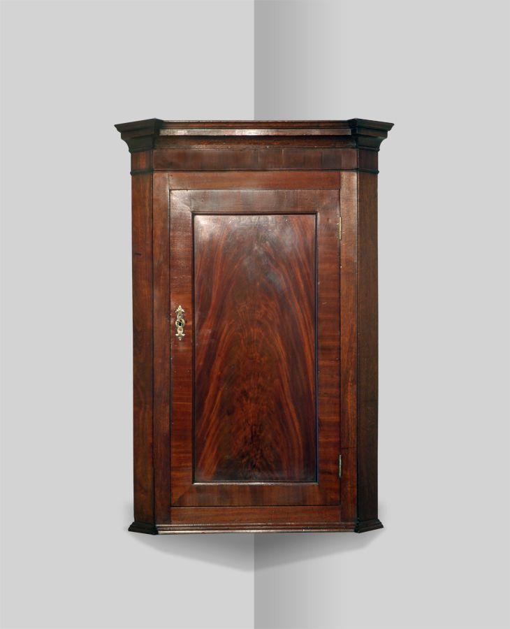 Antique corner cupboard - 29 Best Antique Corner Cupboards Images On Pinterest Cabinets