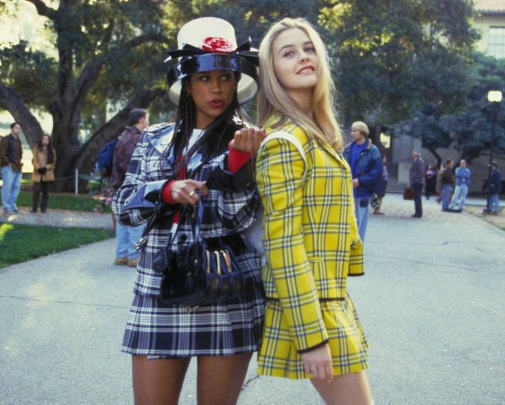 Cher and Dionne in 'Clueless' (1995). See 21 other female dynamic duos who kick ass on screen.