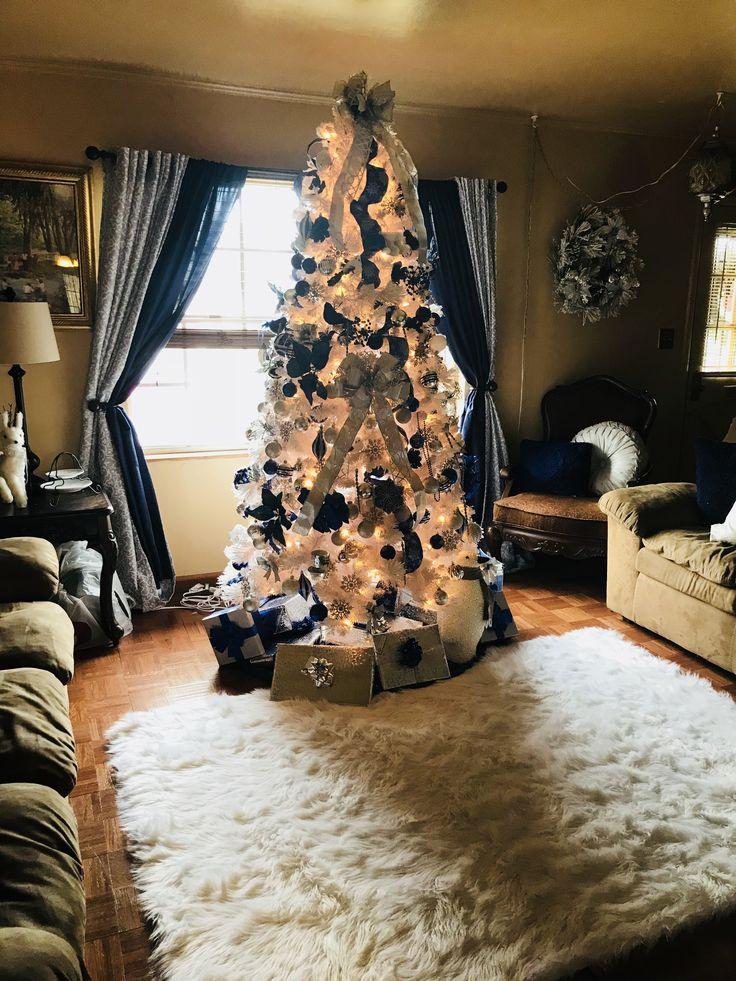 Luxury Christmas Home Decor: 2017 Christmas Decorations ©️Misty Bailey