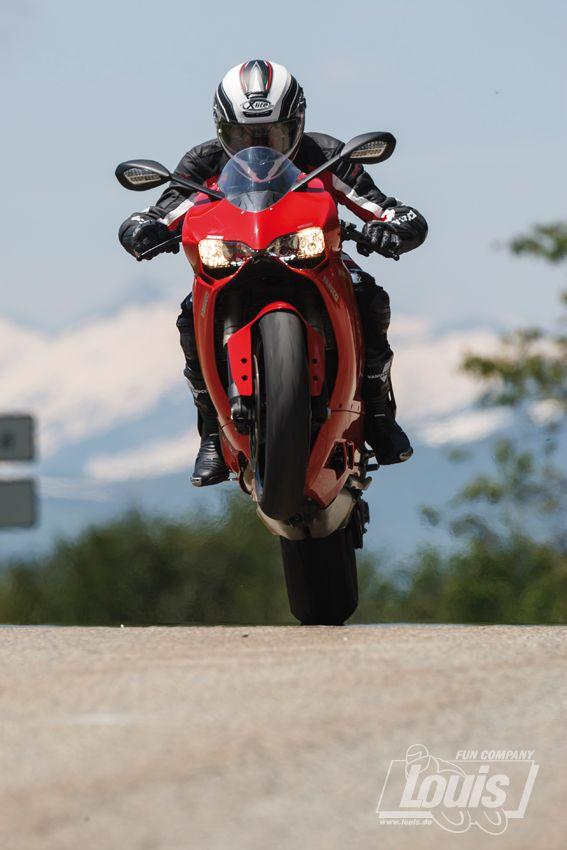 Auch tagsüber mit Licht #Motorrad #Motorcycle #Motorbike #louis #detlevlouis #louismotorrad #detlev #louis