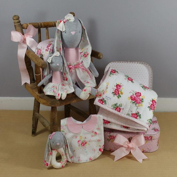 Vintage rose design baby girl hampers. #babygifts #babygirlgifts #babyhampers