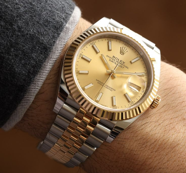 Hands-on review & original photos from Baselworld 2016 of the Rolex Datejust 41 two-tone watches with price, background, specs, & analysis.