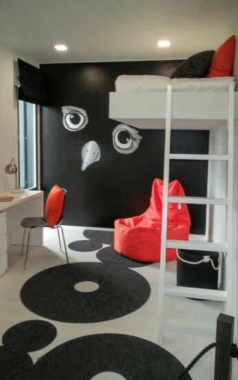 Asuntomessut Vantaa 2015 - Nuoren makuuhuone - kirkkaat värit - seinämaalaus - bedroom - bright colors - wall painting