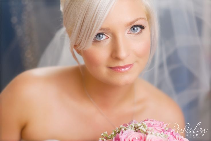 Beautiful portrait of the gorgeous Lisa taken before she married Adam at Maryculter House Hotel. #aberdeenwedding #aberdeenweddingphotographer #aberdeenweddingphotographers #aberdeenweddingphotography #aberdeenshireweddingphotographer #scottishweddingphotographer #maryculterhousehotel #weddingmaryculterhousehotel