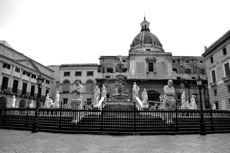 Piazza della vergogna, piazza Pretoria, Palermo