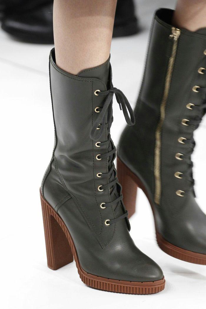 Модная обувь: сапоги со шнуровкой, коллекция осень-зима 2017-2018