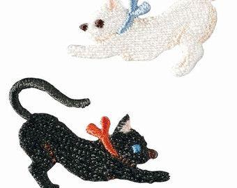 Gato negro & Kitty blanco, bordado de hierro en remiendo, Japon hierro en apliques, Made in Japan, lindo Animal Adorno, bordado Applique, W040