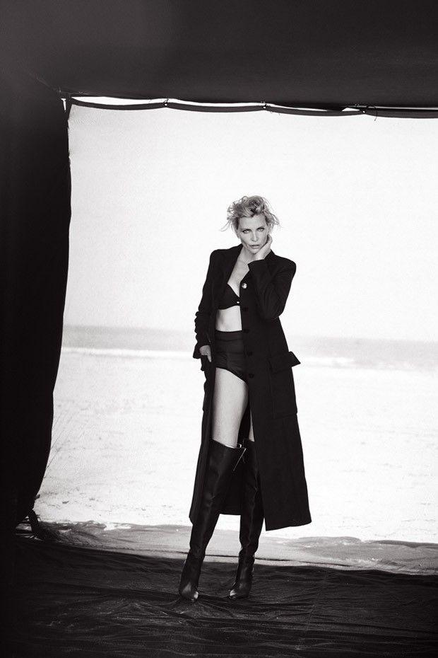Nadja Auermann by Peter Lindbergh for Italian Vogue, Sept. 2015.
