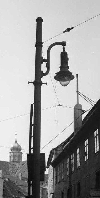 Lucerna a okna (3949), Praha, září 1965