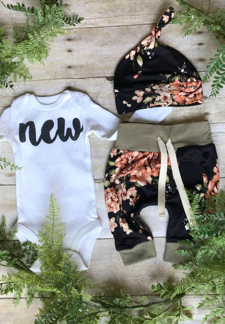 Handmade Newborn Baby Coming Home Outfit | anUPdesign on Etsy