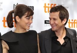 À 36 ans, Marion Cotillard donne naissance à Marcel, son premier enfant avec Guillaume Canet. (Toronto, 11 septembre 2010.)