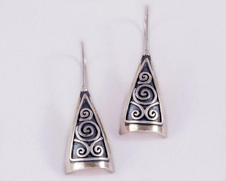 Pyramid ethnic earrings - Stelring silver by JackAssayagJewelry on Etsy