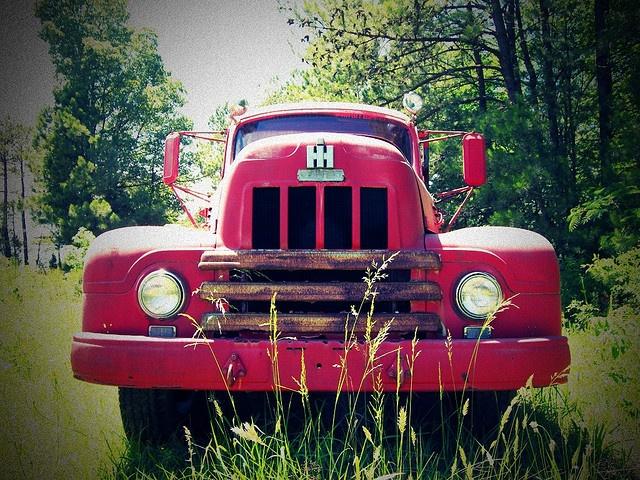 Old International Trucks | international harvester truck an old international harvester truck