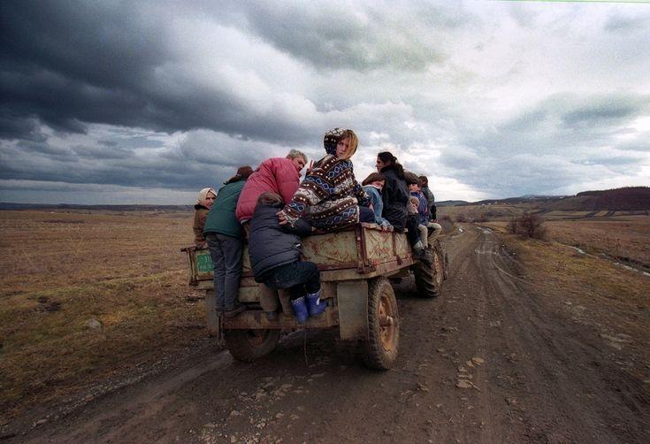 Albanians fleeing conflict in the Kosovo War in 1999. Photo: Yannis Behrakis