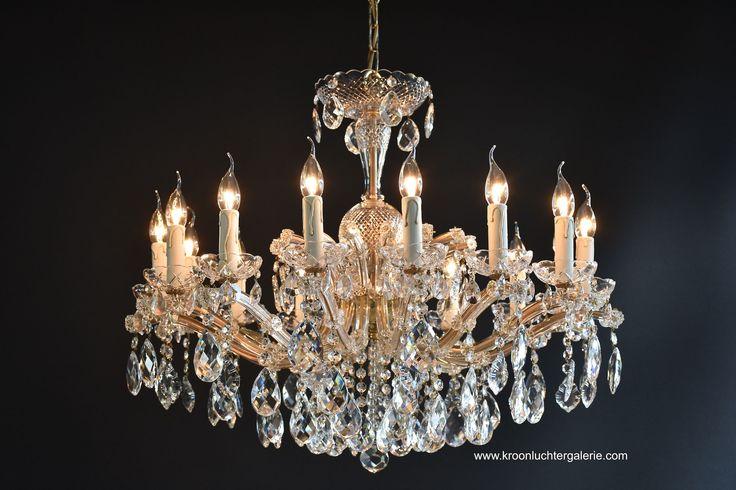 Kristallen kroonluchter 'Maria Theresia' met 15 lichtpunten www.kroonluchtergalerie.com