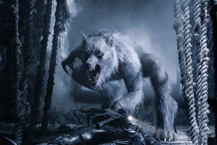 les autres loup garou et condamne a rester lycan car c est le premier