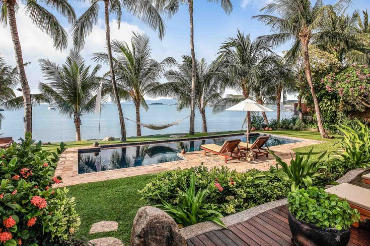 Check out this amazing Luxury Retreats beach property in Koh Samui, with 7 Bedrooms and a pool. Browse more photos and read the latest reviews now.