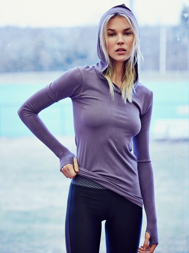 17 Winning Pieces for a Stylish Workout via @WhoWhatWear