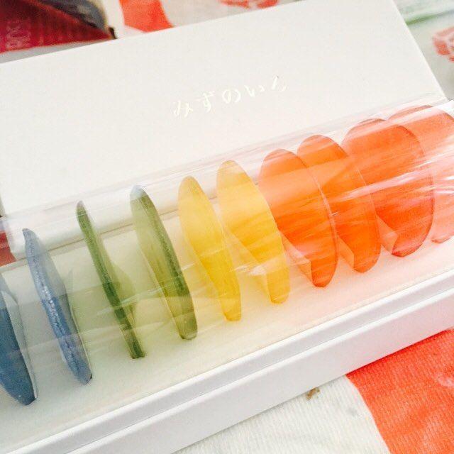 岐阜県にある和菓子屋つちやの「みずのいろ」が美しすぎて食べられない! - macaroni