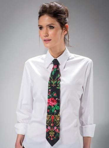 KRAWAT GÓRALSKI CZARNY   ::   Elegancki #krawat z motywem ludowym. Zdobionypięknym kwiatowym motywem w stylu góralskim. Krawat #unisexz motywem #etno będzie oryginalnym uzupełnieniem mody damskiej i męskiej.   ::   http://www.mapepina.pl/ubrania-w-stylu-folk/krawat-goralski-czarny.html   ::   #krawaty  #stygóralski #modaludowa #folk #fashion