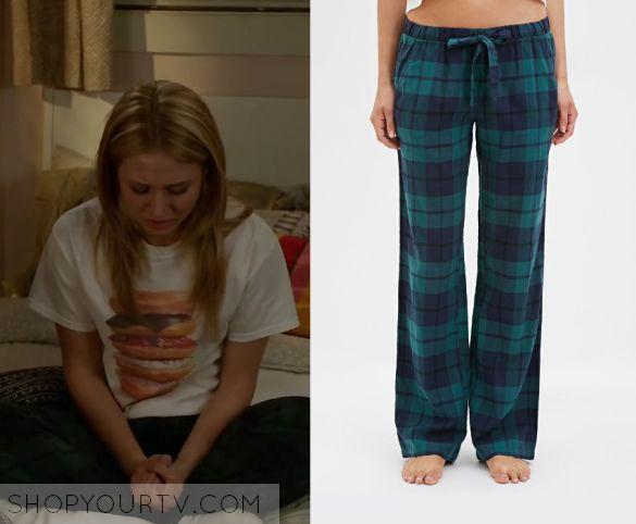 Faking It: Season 3 Episode 10 Amy's Green Plaid Pajama Pants