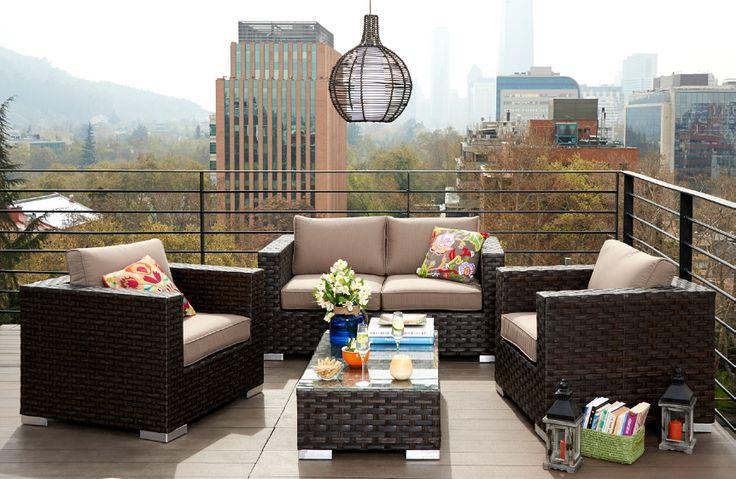 ¿Buscas un living para una terraza grande? Aquí puedes recibir a todos tus amigos. Invítalos a disfrutar el aire libre, el sol y las tarde de primavera.  #Primavera #Deco #Terraza #Living #Ciudad #Airelibre #Hogar #Easytienda #Tiendaeasy