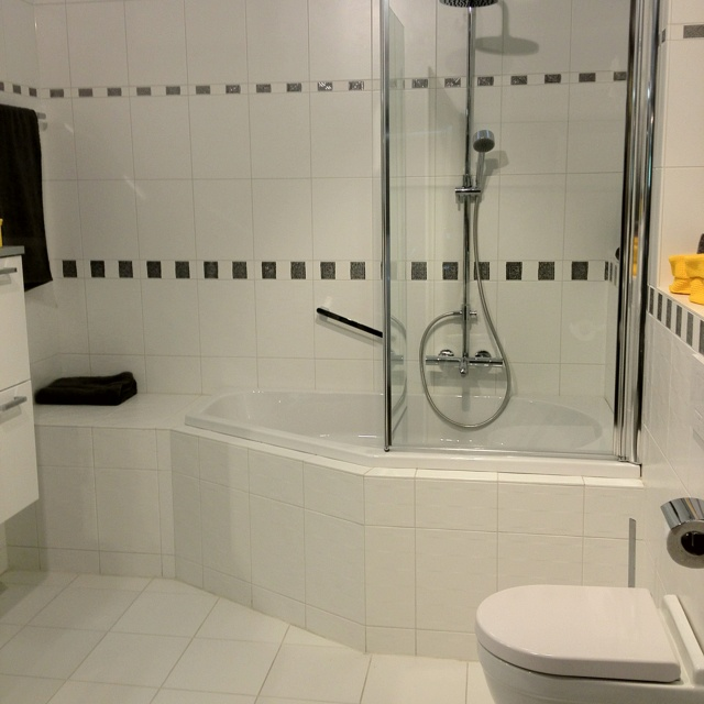 1000 images about combine shower n bath on pinterest home dzine bathrooms convert to bath shower combination