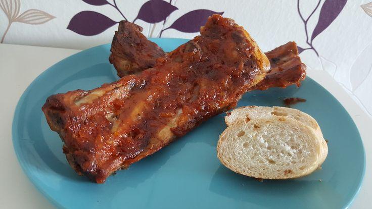 Spareribs aus dem Ofen mit Zwiebel - Honig - Knoblauch - Glasur, ein schönes Rezept aus der Kategorie Schwein. Bewertungen: 7. Durchschnitt: Ø 4,3.