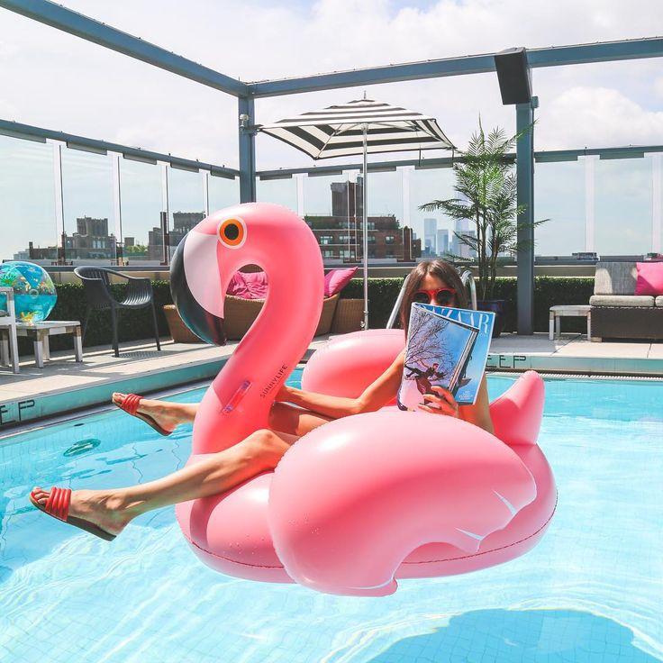 Flamingo float.