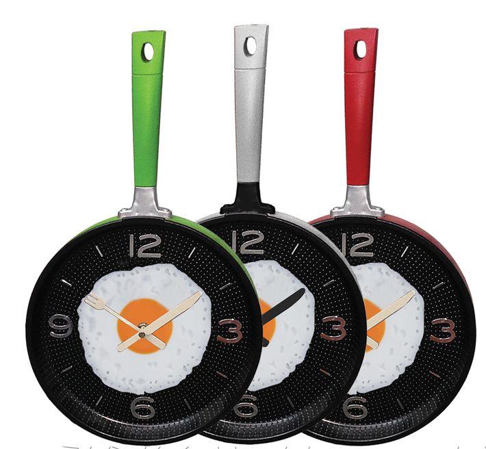 Metal Tava Duvar Saati Modelleri  Ürün Bilgisi ;  Ürün maddesi : Metal Saat, akar saniye olduğu için sessiz çalışır Tek kalem pil ile çalışır Çok şık ve değişik bir ürün Farklı tasarıma sahip olmak istiyenlere önerilir Mutfaklar için genel olarak kullanıma uygundur Ürün fotoğraftaki gibi olup orjinal paketinde gönderilmektedir