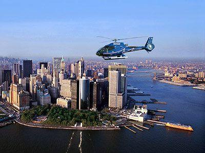 Un tour en hélicoptère à New York, c'est vraiment fabuleux !!! C'est un rêve avant de le faire, un moment magique pendant le vol et un souvenir inoubliable après. Sommaire Faites un vol en hélicoptère à New York ├ Pourquoi il faut absolument faire un tour d'hélicoptère à NY ? ├ Avec quelle compagnie faire …