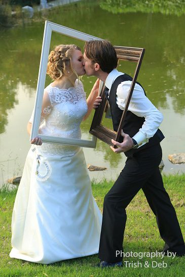 wedding photography with frames