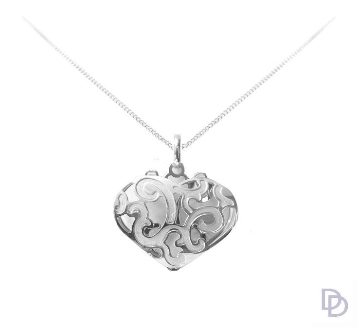 9ct white gold filigree heart pendant