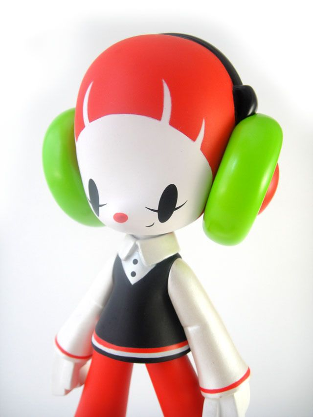 """STEINY """"MARGUERITE"""" by Kaijin-Toy"""