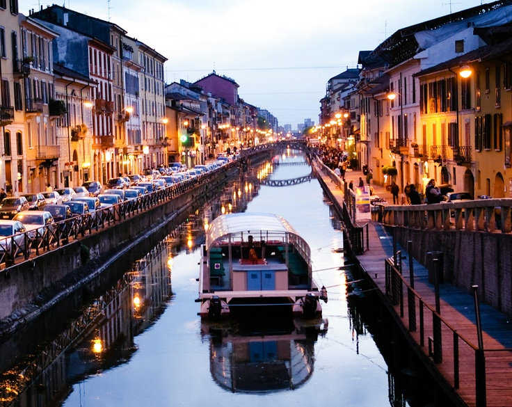 Milan > http://www.otel.com/hotelsearch.php?destination=Milan,Italy=pinterest No, you are not in Venice; still Milan is also a city with canals. You can take a cruise and have some romance through the historic places.