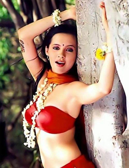 15 best isha sharvani images on Pinterest   Sherwani ...