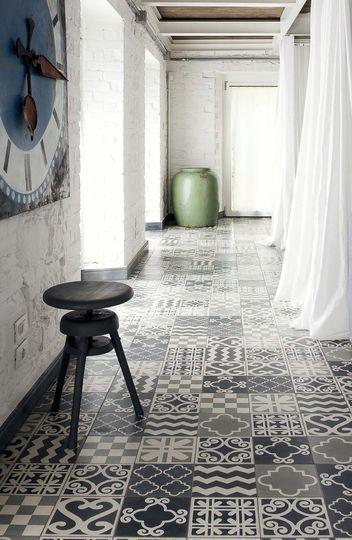 Carreaux de ciment, 20 x 20, 9 motifs signés Paola Navone, Carocim.