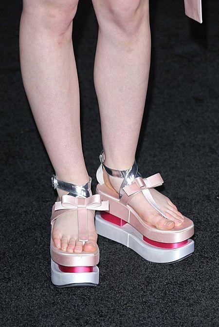 Elle Fanning Feet   Elle Fanning in Prada at Twilight ...