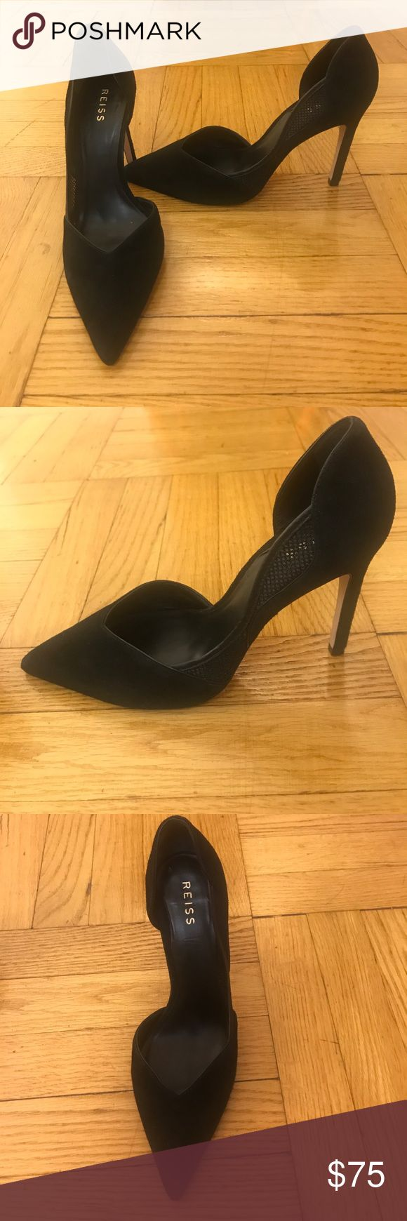 Reiss size 40 pumps, black suede with side detail Reiss size 40 pumps, black suede with side detail. Floor model, so slight wear but overall very good condition. Perfect for work or a night out! Reiss Shoes Heels