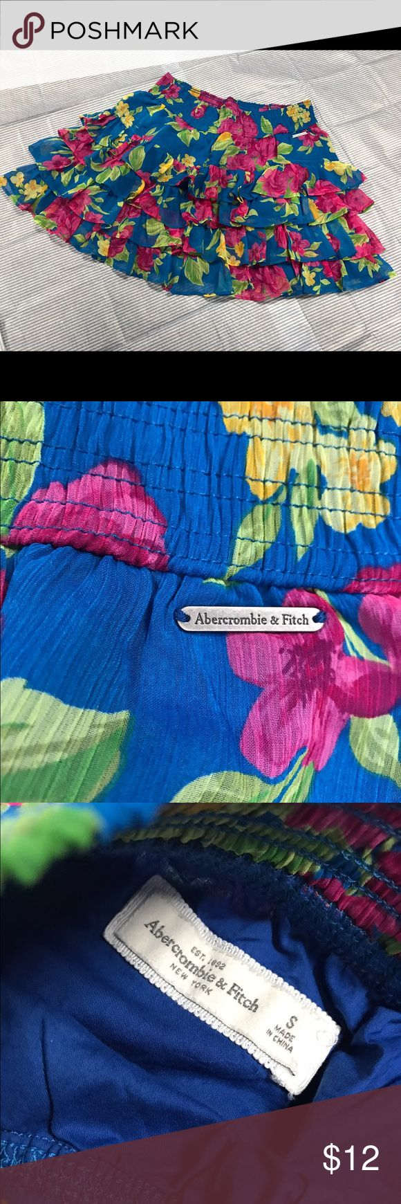 Brand new Abercrombie and fitch floral skirt Brand New with tags. Three layers, cotton lining, polyester blend surface, Machine wash cold Abercrombie & Fitch Skirts Mini