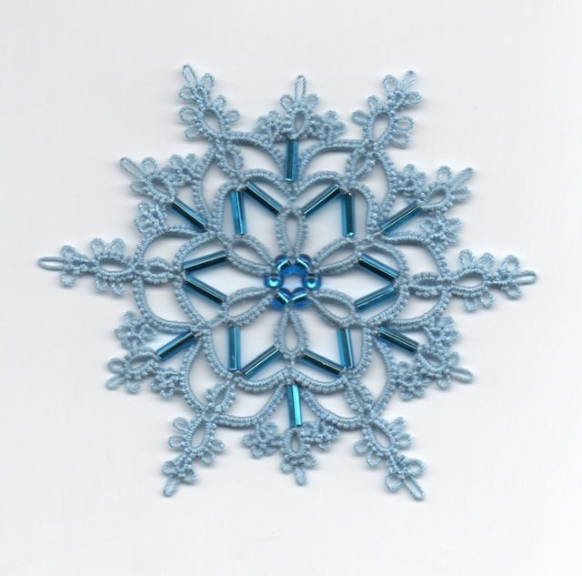"""Another stunning tatted snowflake by Frivole at Le Blog de Frivole: """"Ice Queen"""""""