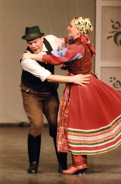 Dezső Fitos and Enikő Kocsis Hungarian dancers