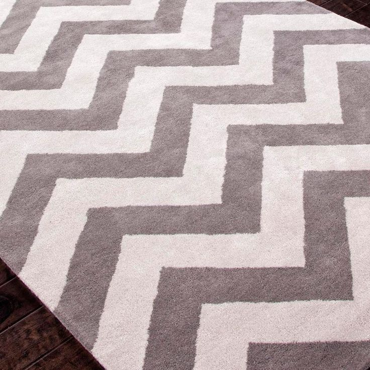 Grey And White Cushy Comfy Chevron Rug For The Home Chevron Rugs Rugs Home