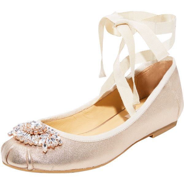 Badgley Mischka Karter II Ballet Flats (3.010 ARS) ❤ liked on Polyvore featuring shoes, flats, ballerina pumps, ballet shoes, ballet pumps, skimmer shoes and ballet flat shoes
