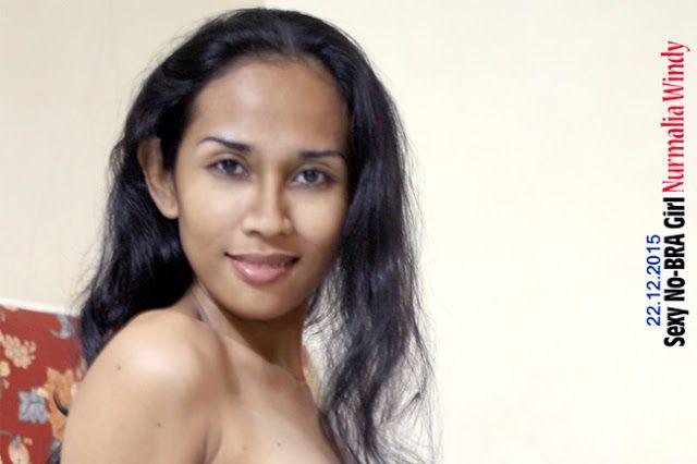 Nurmalia Windy - Fotografer Purwokerto | Windygraphy | Fotografer Wedding | Fotografer Prewedding: Sexy No Bra Girl - Modeling Poseku hari ini : 22 D...