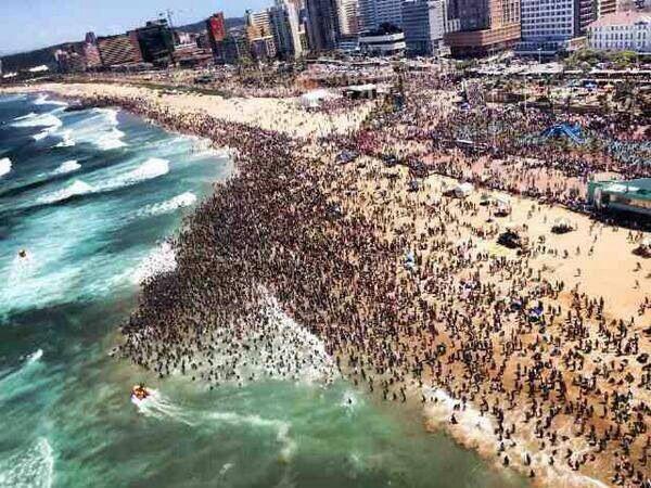 Durban Beach In Dec......Sooo Nice....jigg