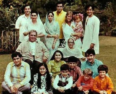 A File Picture of the entire Kapoor Family. PrithviRaj Kapoor, the first of the family to pursue acting, was born in 1906 in the town near Samundri near Faislabad, in the Punjab province of pre-Independence India. His father, a policeman, was posted at Peshawar. Though all three of Prithviraj Kapoor's sons, Raj Kapoor, Shammi Kapoor and Shashi Kapoor, became actors, it is Raj Kapoor's descendants who have carried on the family legacy. His sons, Randhir Kapoor and Rishi Kapoor and Rajiv…