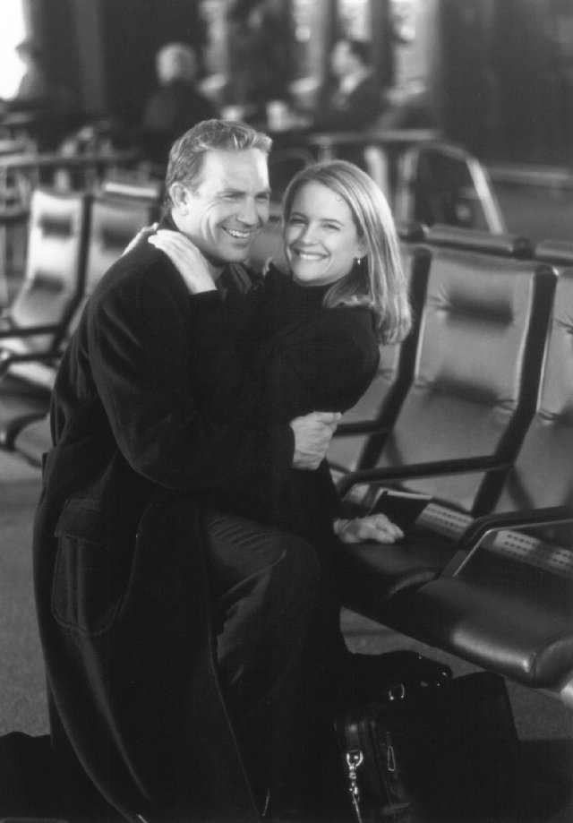 Still of Kevin Costner and Kelly Preston in For Love of the Game